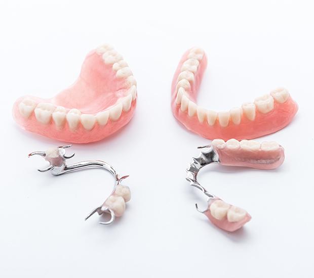 West Linn Dentures and Partial Dentures